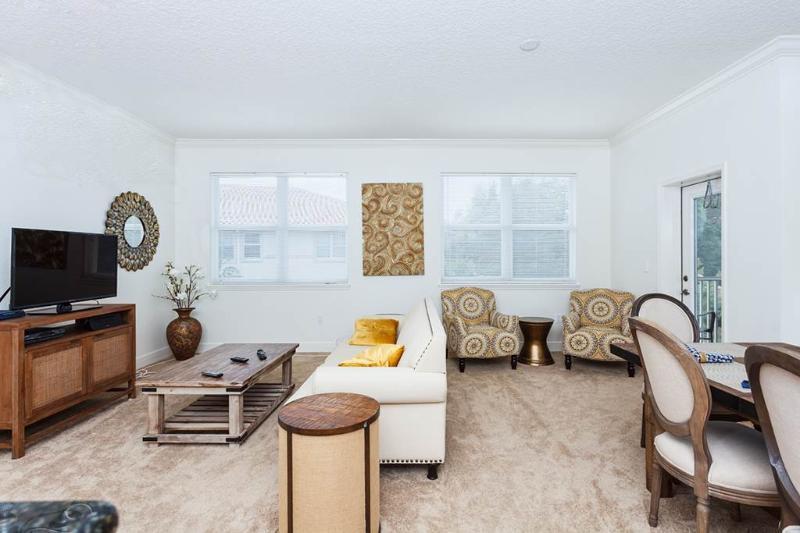 Tidelands 924, 2 Bedrooms, Second Floor, 2 Pools, Gym, WiFi, Sleeps 4 - Image 1 - Palm Coast - rentals