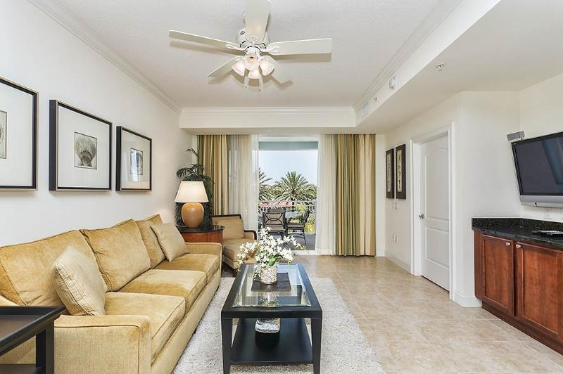 Yacht Harbor 367, 2 Bedrooms, Intracoastal View, Pool, WiFi, Sleeps 6 - Image 1 - Palm Coast - rentals