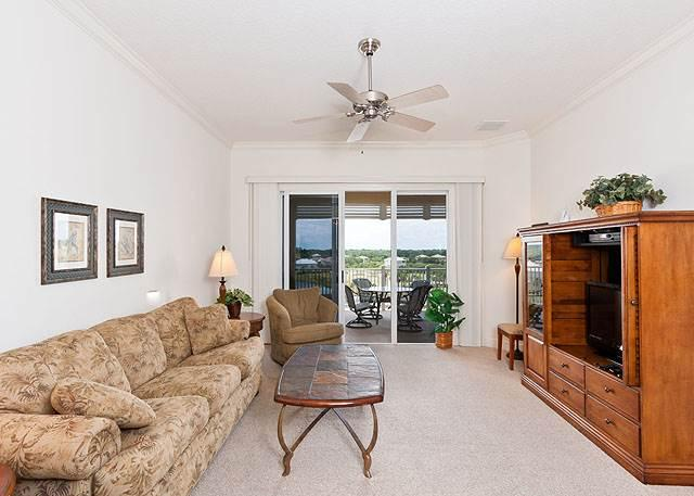 Cinnamon Beach 1052, 5th Floor, 2 Heated Pools, Elevator, Wifi, Fitness Roo - Image 1 - Palm Coast - rentals