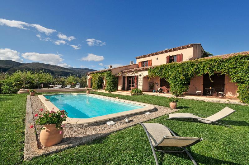 Villa en Bois - Image 1 - Valbonne - rentals
