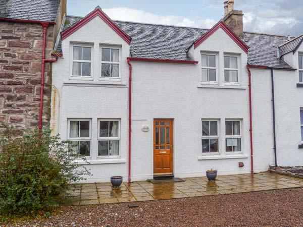 ARDVRECK close to coast, WiFi, well-equipped Ref 932000 - Image 1 - Ullapool - rentals