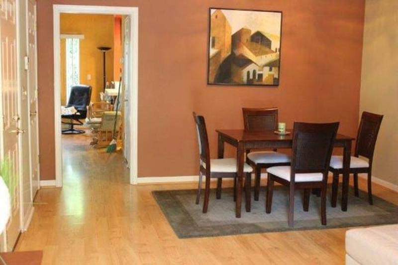 BEAUTIFUL 3 BEDROOM TOWNHOUSE - Image 1 - Mountain View - rentals