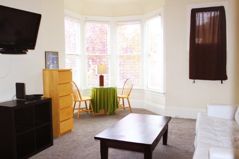 1 Bedroom Victorian Near Buena Vista Park - Image 1 - San Francisco - rentals