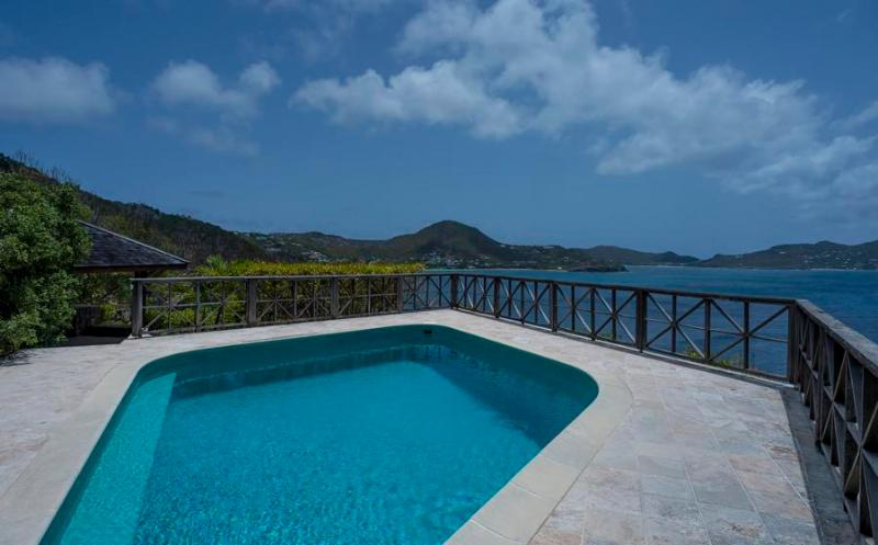Adage - Ideal for Couples and Families, Beautiful Pool and Beach - Image 1 - Pointe Milou - rentals