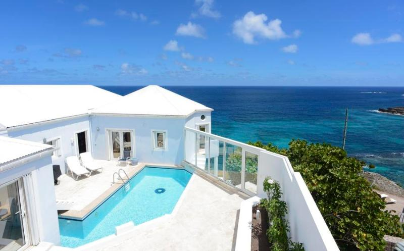 Au vent - Ideal for Couples and Families, Beautiful Pool and Beach - Image 1 - Pointe Milou - rentals