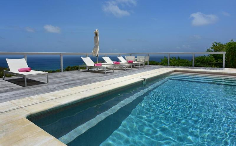 Ideal for Couples & Groups, Heated Pool, Ocean Views, Short Drive to Lorient Beach - Image 1 - Vitet - rentals