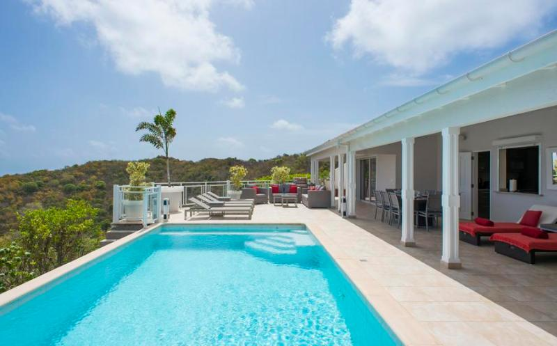 Au Coeur du Rocher - Ideal for Couples and Families, Beautiful Pool and Beach - Image 1 - Marigot - rentals