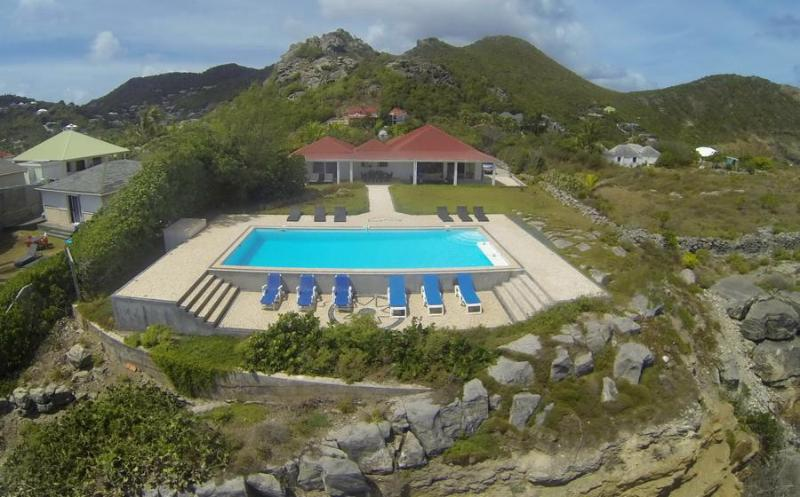 Caribbean Breeze - Ideal for Couples and Families, Beautiful Pool and Beach - Image 1 - Anse Des Cayes - rentals