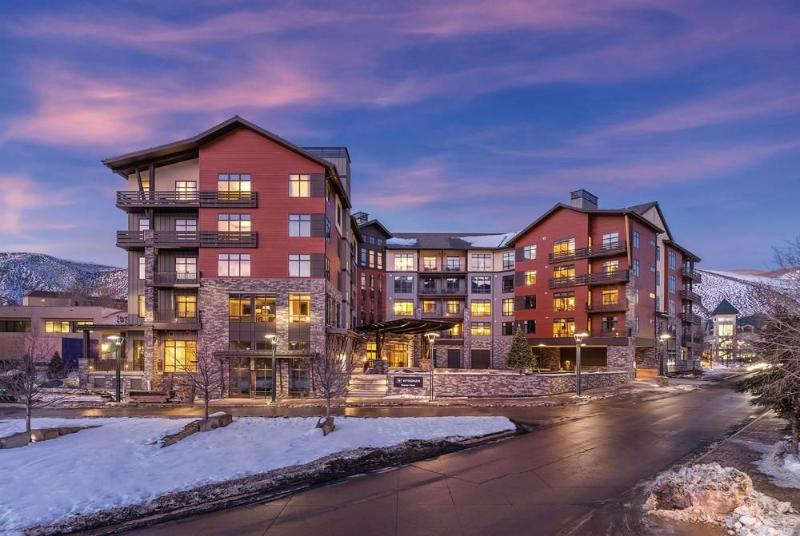 3 Bedroom 2 Bath Presidential Suite In Avon, CO (Beaver Creek) - Image 1 - Avon - rentals