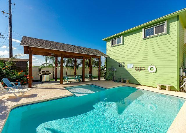 Private Pool - PRIVATE POOL with palapa, in town,* 6 Passenger GOLF CART included, PETS - Port Aransas - rentals