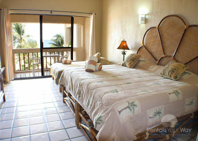 Penthouse! Oceanfront 3 bedroom  in Xaman Ha (XH7117) - Image 1 - Playa del Carmen - rentals
