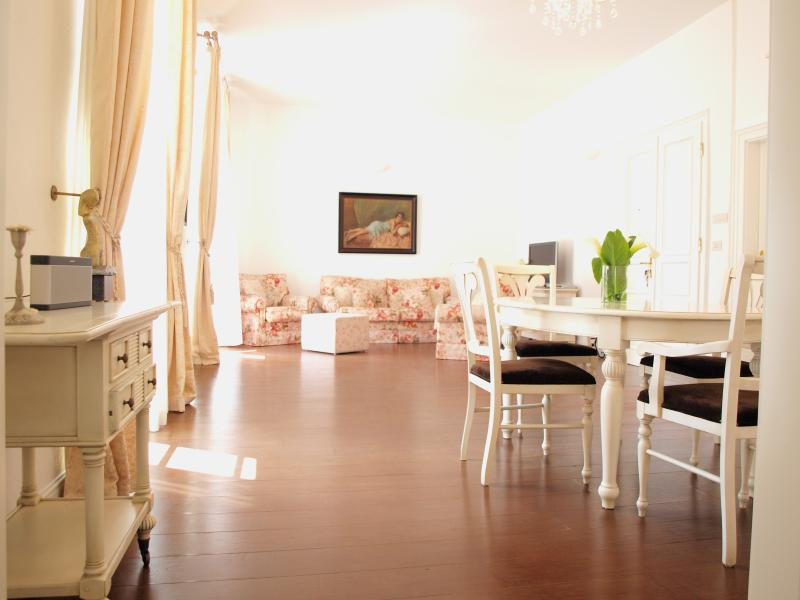 Ultimate in comfort, a true home away from home - Secret| Gorgeous Chic 1-BR Prime location Old Town - Dubrovnik - rentals