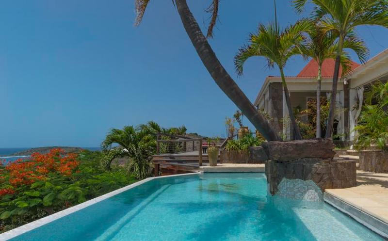 Casa Blanca - Ideal for Couples and Families, Beautiful Pool and Beach - Image 1 - Grand Cul-de-Sac - rentals