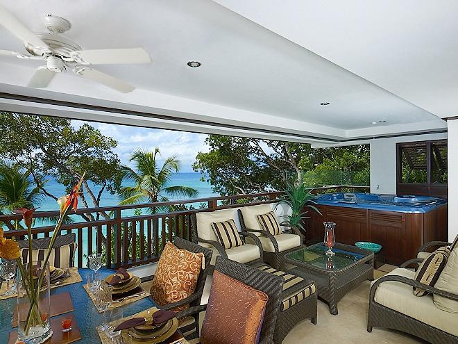 Beachfront, Ideal for Couples & Families, Spa Pool, Beach Chairs & Umbrellas for Guests - Image 1 - Paynes Bay - rentals