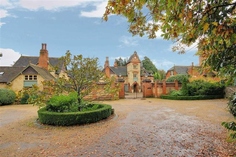 Stunning executive home- 20 mins to central london - Image 1 - Brookmans Park - rentals