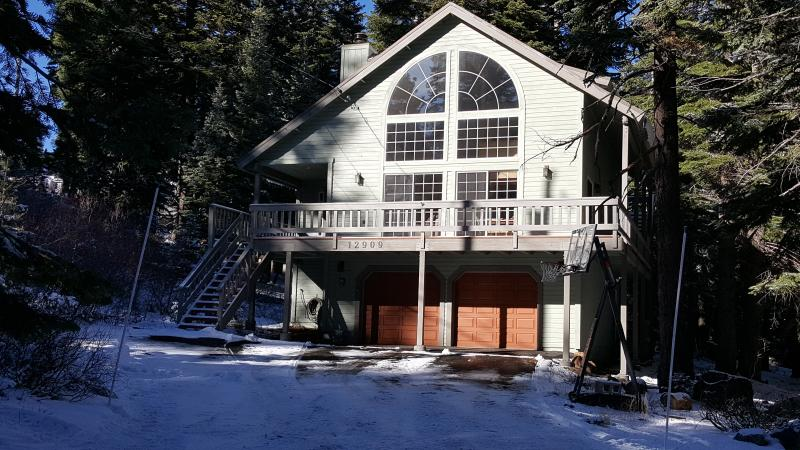 Truckee Tahoe Donner 4BR Cabin - Image 1 - Truckee - rentals