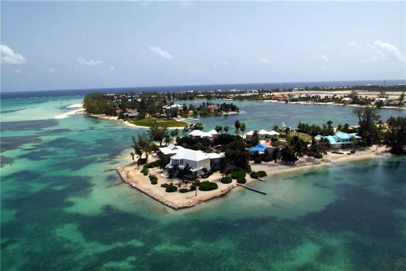 3BR-Fingertip - Image 1 - Grand Cayman - rentals