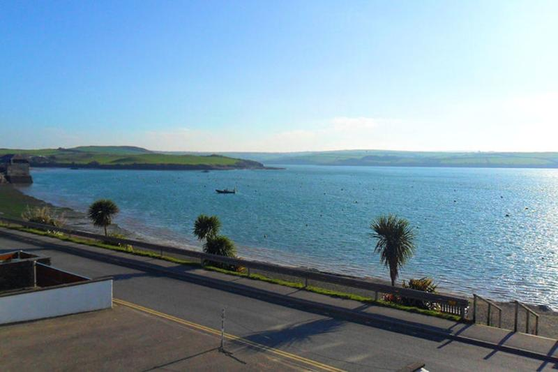 The Boat House, Rock located in Rock, Cornwall - Image 1 - Padstow - rentals
