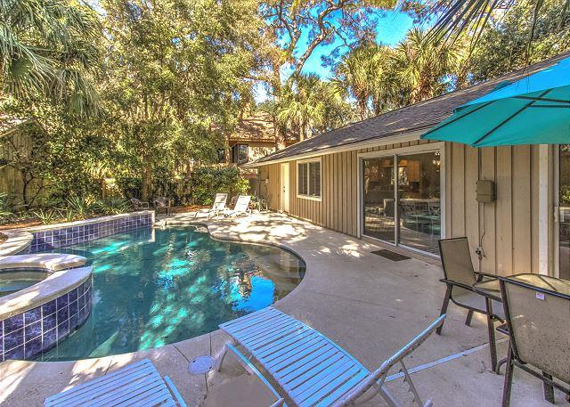 Pool Area - 6 Bayberry -  Family Friendly, 3rd Row Ocean & 4 Bedrooms - Hilton Head - rentals