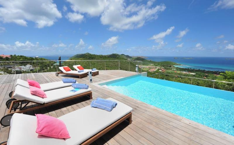 Globe Trotter - Ideal for Couples and Families, Beautiful Pool and Beach - Image 1 - Lurin - rentals