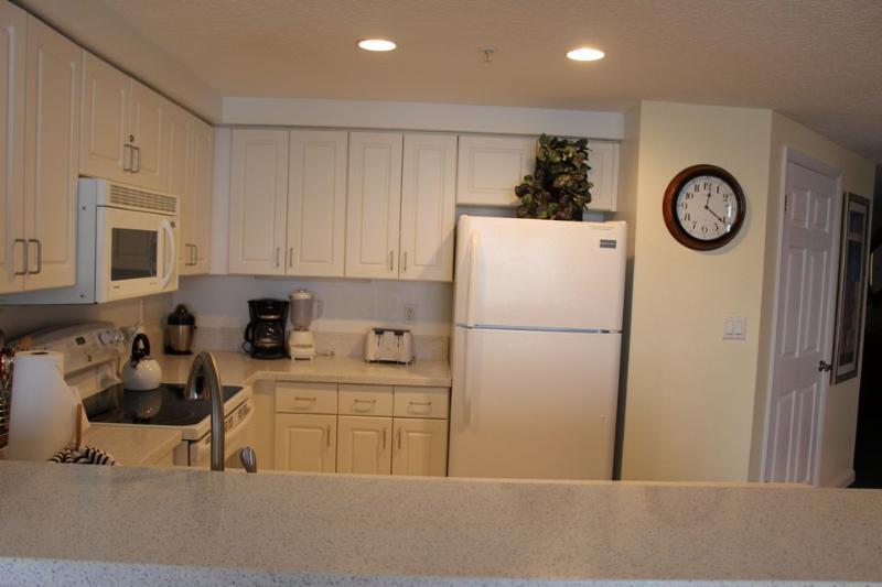 Room 2221 - 2 BR Deluxe Ocean Front - Image 1 - Daytona Beach - rentals