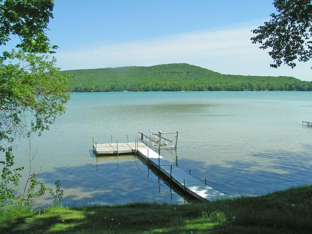 Beautiful Little Glen Lake - Three Brothers - Empire - rentals
