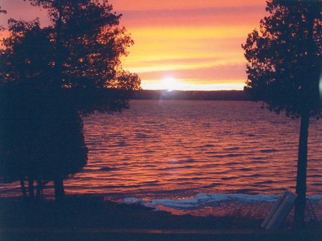 sunrise on Glen lake - Sunrise Glen - Glen Arbor - rentals