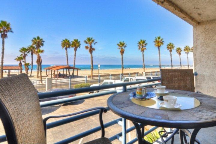 Patio with beach view - Marina Del Mar 211A - Beach View - Oceanside - rentals