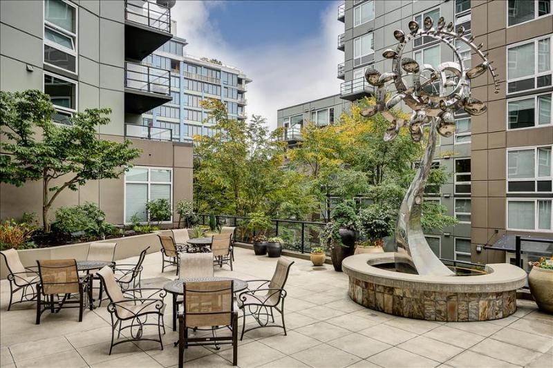 Stay Alfred Heart of Belltown Steps from Elliott Bay OP2 - Image 1 - Seattle - rentals