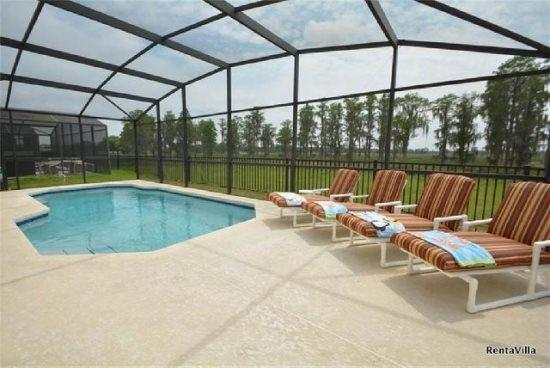 5 Bed 3 Bath Pool Home in Sunset Ridge. 525SVD - Image 1 - Kissimmee - rentals