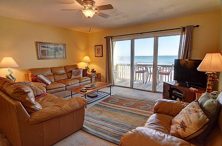 Living Room - Surf Condo 123 - Majestic Ocean View, Tasteful Design, Pool, Beach Access, Onsite Laundry - Surf City - rentals