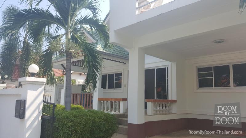Villas for rent in Hua Hin: V5053 - Image 1 - Hua Hin - rentals