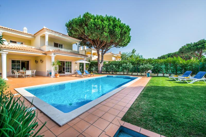 Villa Falesia - Image 1 - Portugal - rentals