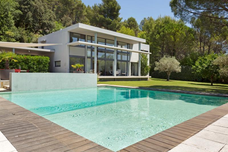 Villa Fringant - Image 1 - Cadenet - rentals
