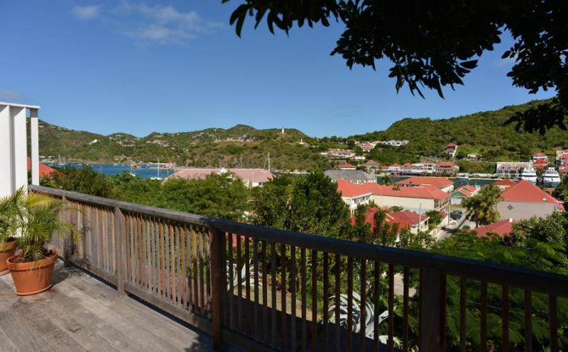 Walking Distance to Shell Beach - Image 1 - Gustavia - rentals
