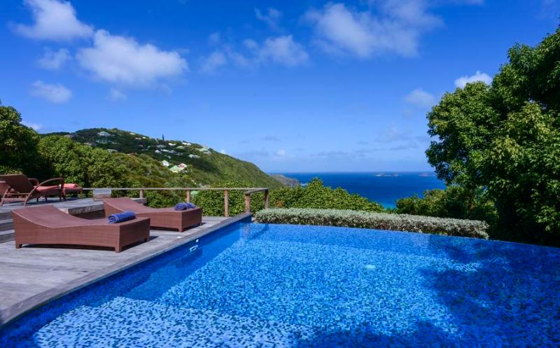 Sensational Sea View Over Flamands, Short Drive to the Beach, Ideal for Couples & Groups - Image 1 - Anse des Flamands - rentals