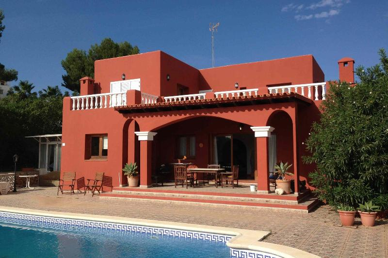 Finca del poeta, cozy country house at Km4 from Ibiza to San Jose - Image 1 - Es Vive - rentals