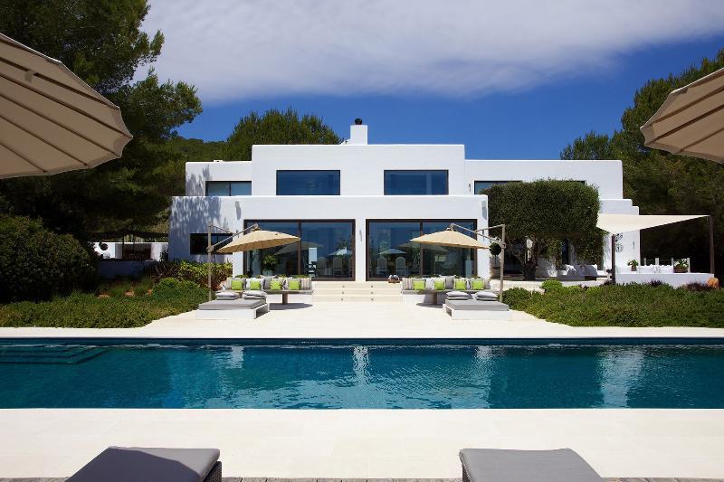 Villa Estrella - Image 1 - San Lorenzo - rentals