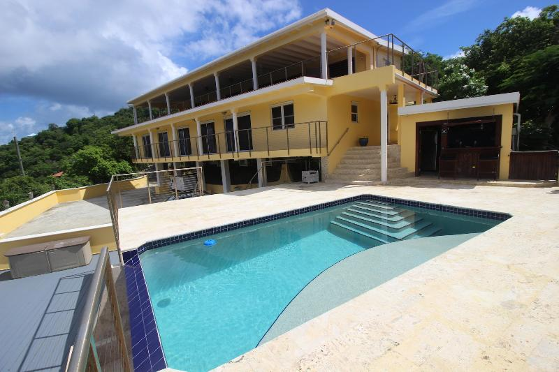 Isla Paradiso | St. Thomas USVI | 7 Bedrooms, 4.5 Bathrooms - Image 1 - Saint Thomas - rentals