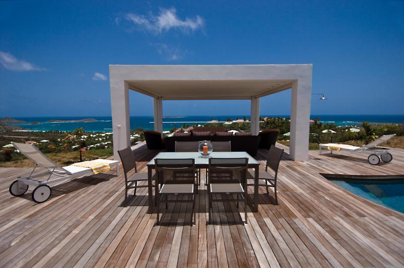 Swanky New 4 Bedroom Villa in The Orient Bay Beach Area. - Image 1 - Orient Bay - rentals
