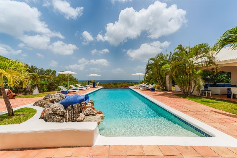 Heated Pool and a Beautiful Ocean View - Image 1 - Terres Basses - rentals