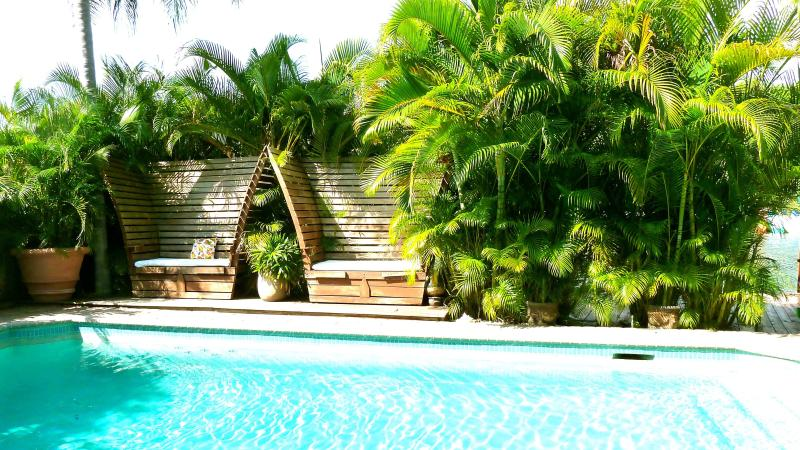 Fabulous holiday waterfront house. Unique! - Image 1 - Fort Lauderdale - rentals