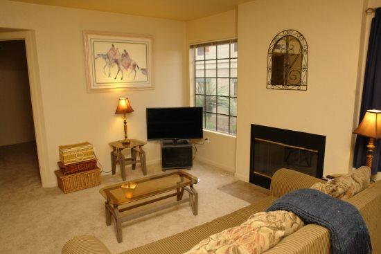 Living Room - Condo 8104 at Moonrise at Starr Pass - Tucson - rentals