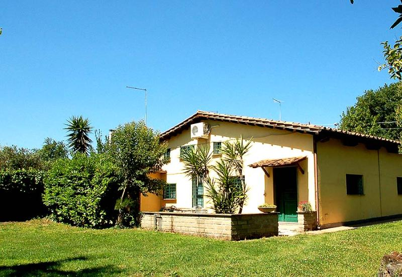 Semidetached house with pool near Rome - Image 1 - Monterosi - rentals