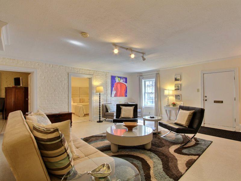 Stay in the trendiest pad in the heart of Historic Savannah! - Image 1 - Savannah - rentals