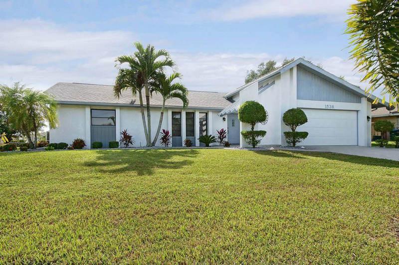 Villa Cassina - Image 1 - Cape Coral - rentals