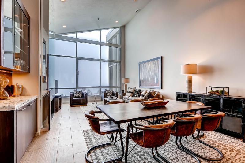 The View #21 - Image 1 - Alta - rentals