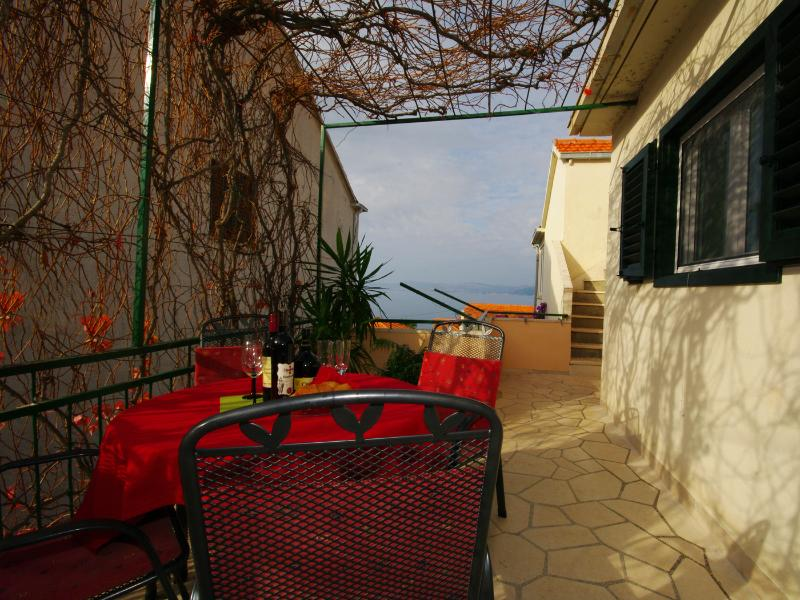 Ivan (4+2): terrace view - 6155 Ivan (4+2) - Postira - Postira - rentals