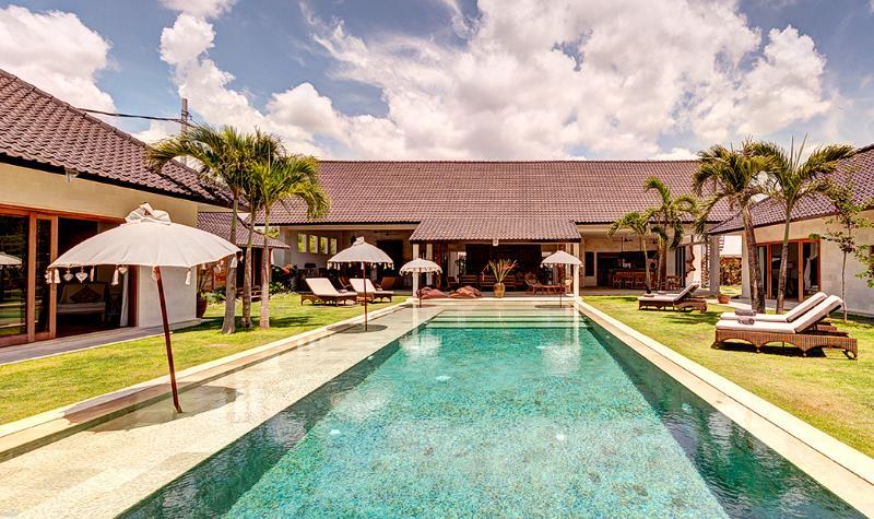 Iluh, 5BR Big Pool Villa, Petitenget> - Image 1 - Seminyak - rentals