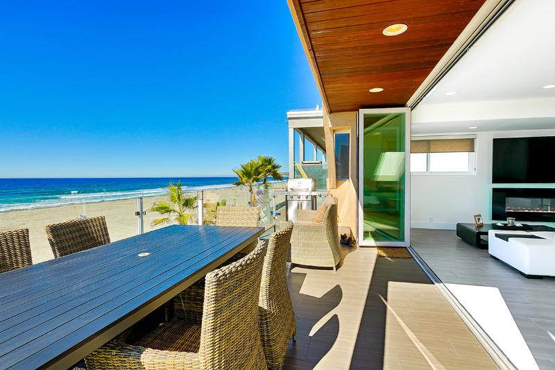 Ocean Front Walk – Unit B, Sleeps 6 - Image 1 - San Diego - rentals